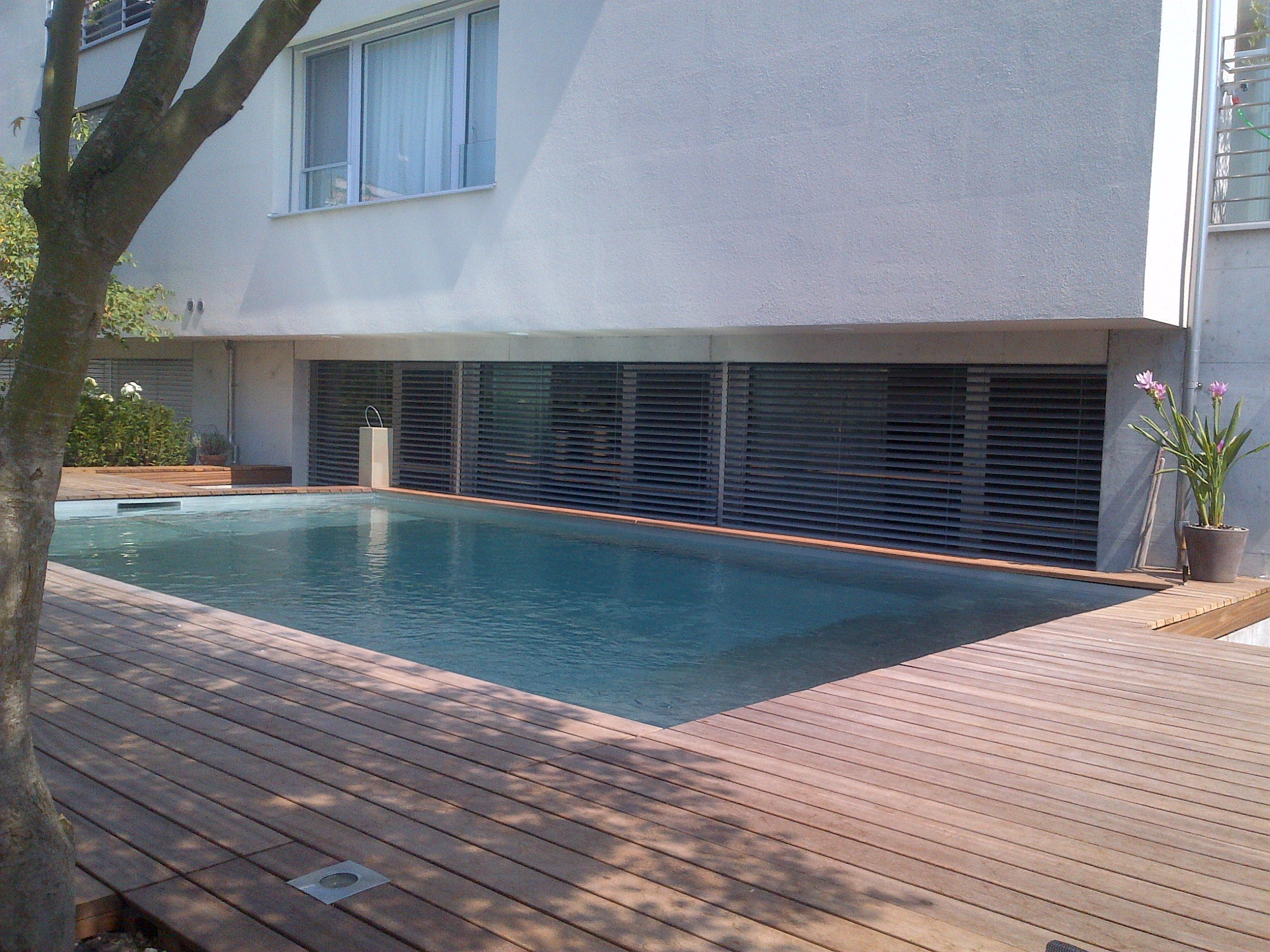Chrom line edelstahl pool chromstahl pool swimmingpool - Stahl swimmingpool ...